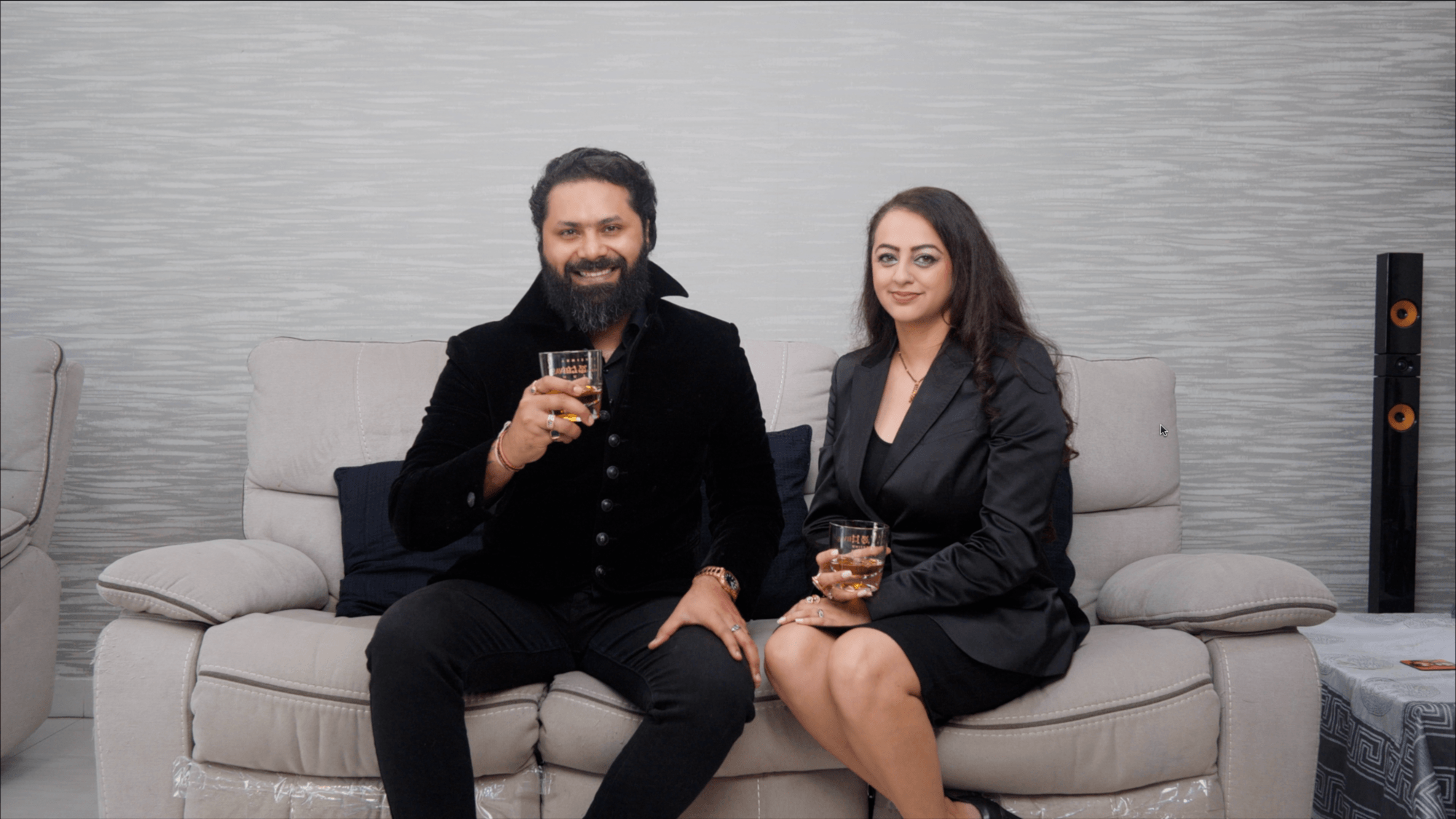 AABHISHEET: PARTNERS, WHISKY DRINKERS, MUSIC, LOVE